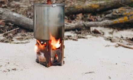 How To Use A Charcoal Smoker